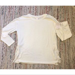 Lauren Conrad long sleeve soft scoop neck shirt